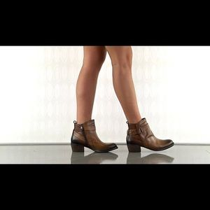 Vince Camuto Beamer Boots